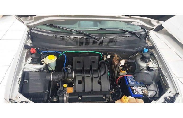 Volkswagen Fox Trendline 1.6 MSI (Flex) - Foto #9
