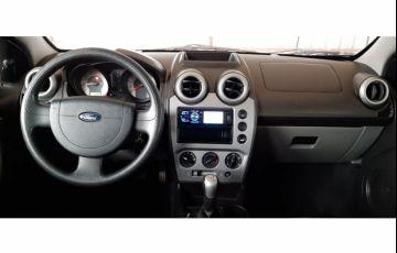 Ford Fiesta Sedan 1.0 (Flex) - Foto #7