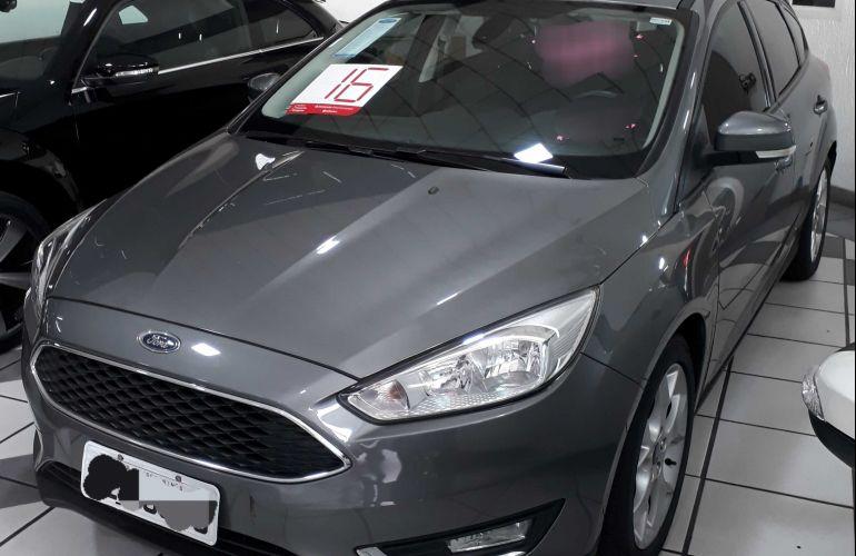 Ford Focus Hatch SE 1.6 16V TiVCT - Foto #1