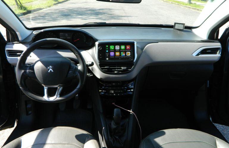 Peugeot 208 Active Pack 1.2 12V (Flex) - Foto #6