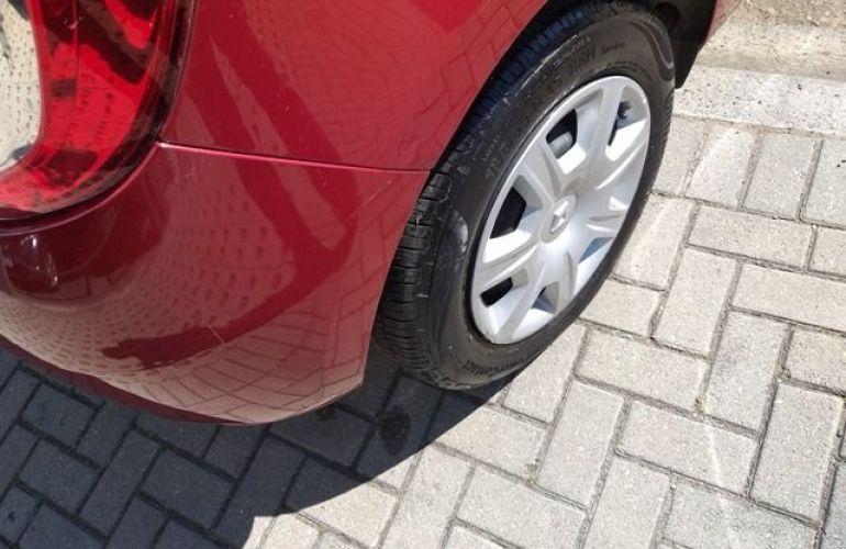 Renault Sandero AUTHENTIQUE 1.0 12V 5P Flex - Foto #6