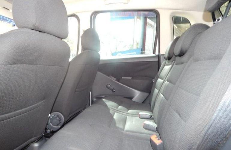 Fiat Idea ELX 1.4 MPI 8V Fire Flex - Foto #6