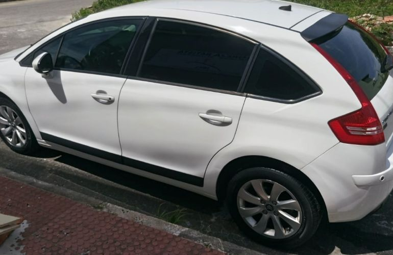 Citroën C4 Exclusive Sport 2.0 (flex) - Foto #5