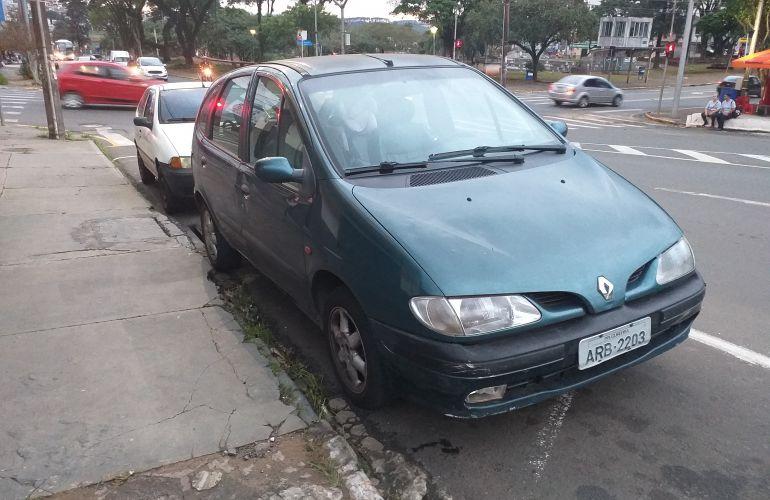 Renault Scénic RXE 2.0 8V - Foto #2