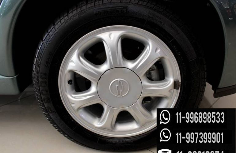 Chevrolet Corsa Hatch GLS 1.6 MPFi - Foto #6