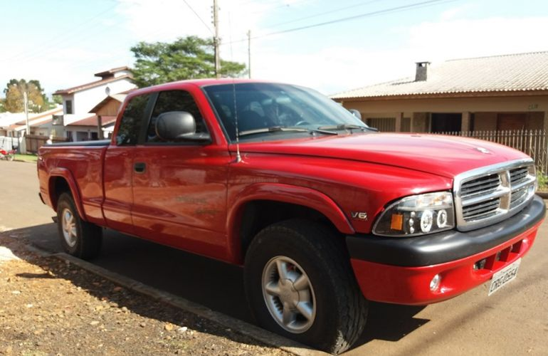 Dodge Dakota Club Cab Sport 3.9 V6 - Foto #1