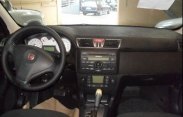Fiat Stilo Sporting Dualogic 1.8 MPI 8V Flex - Foto #6