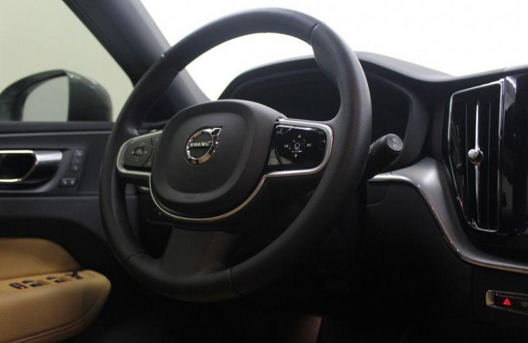 Volvo XC60 2.0 T5 Momentum AWD - Foto #8
