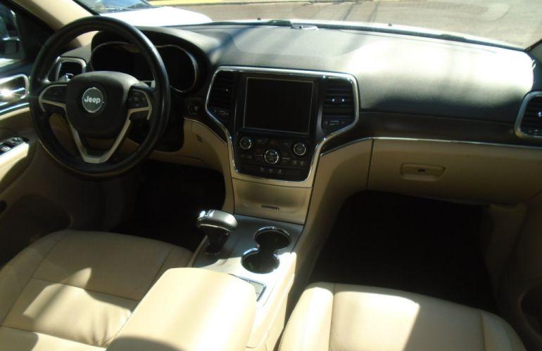 Jeep Grand Cherokee Limited 3.0 V6 - Foto #6