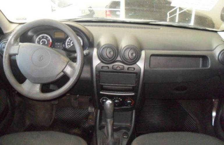 Renault Sandero Authentique 1.0 16V - Foto #6