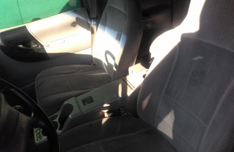 Ford Ranger XLT 4x4 4.0 V6 12V (Cab Dupla) - Foto #4