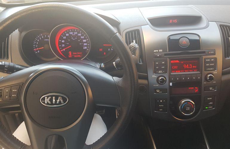 Kia Cerato SX 1.6 16V E.233 - Foto #3
