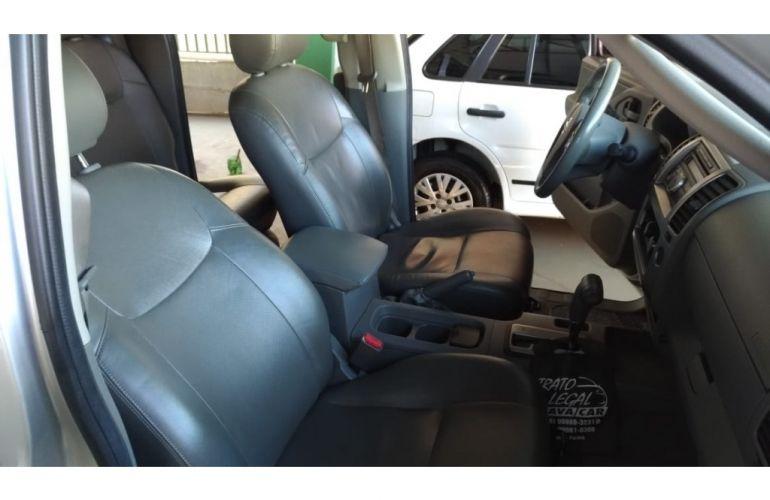 Nissan Frontier LE 4x4 2.5 16V (cab. dupla) (aut) - Foto #8