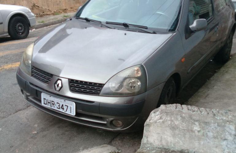 Renault Clio Hatch. Authentique 1.0 8V - Foto #2