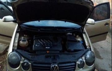 Volkswagen Polo Sedan 2.0 8V - Foto #9