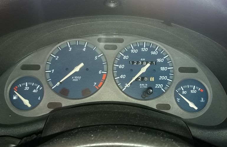Chevrolet Corsa Sedan Super 1.0 MPFi 16V - Foto #8