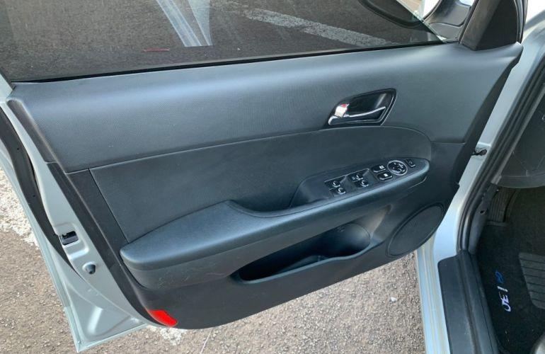 Hyundai i30 GLS 2.0 16V Top (aut.) - Foto #7