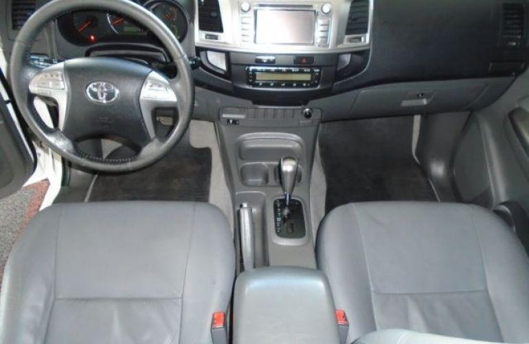 Toyota Hilux SRV 4X2 Cabine Dupla 2.7 16V - Foto #4