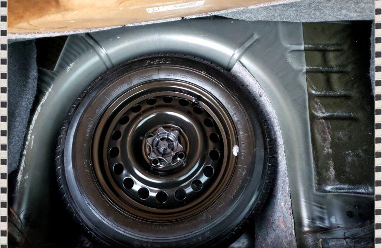 Ford Fiesta Hatch SE 1.0 RoCam (Flex) - Foto #6