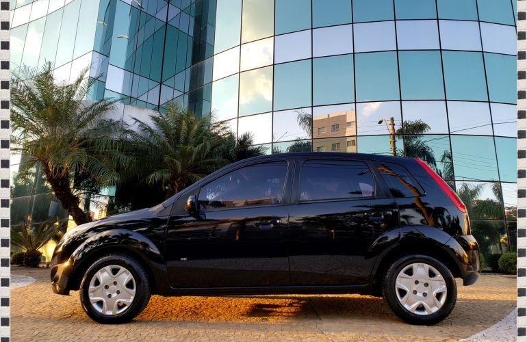 Ford Fiesta Hatch SE 1.0 RoCam (Flex) - Foto #8