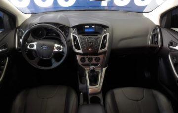 Ford Focus Hatch SE 1.6 16V TiVCT - Foto #10