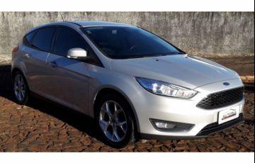 Ford Focus Hatch SE Plus 2.0 16V PowerShift - Foto #3