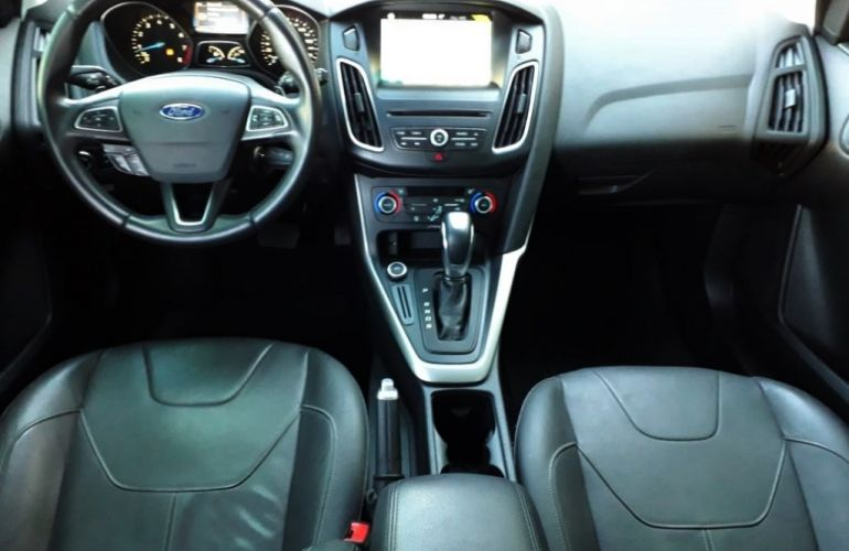 Ford Focus Hatch SE Plus 2.0 16V PowerShift - Foto #7