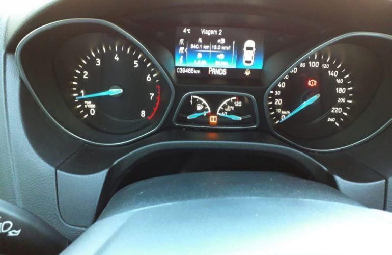 Ford Focus Hatch SE Plus 2.0 16V PowerShift - Foto #8