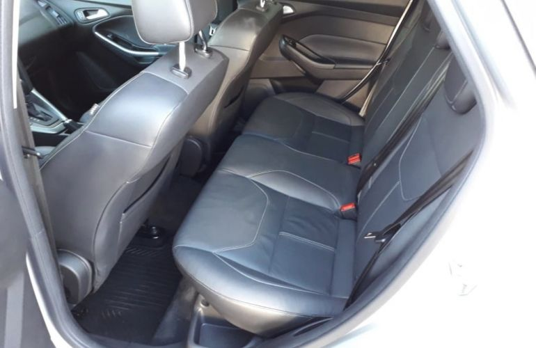 Ford Focus Hatch SE Plus 2.0 16V PowerShift - Foto #9
