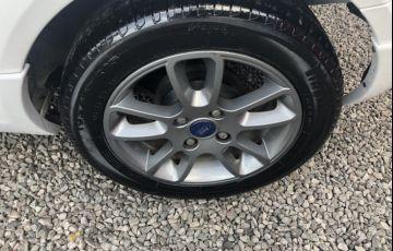 Ford Ka 1.6 Sport (Flex) - Foto #9