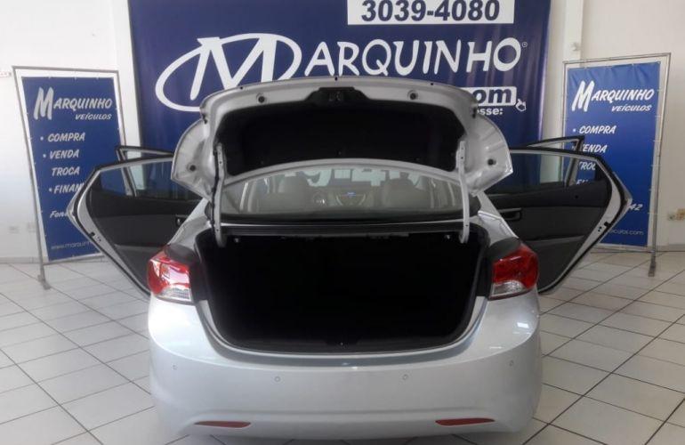 Hyundai Elantra Sedan GLS 1.8 16V (Aut) - Foto #8