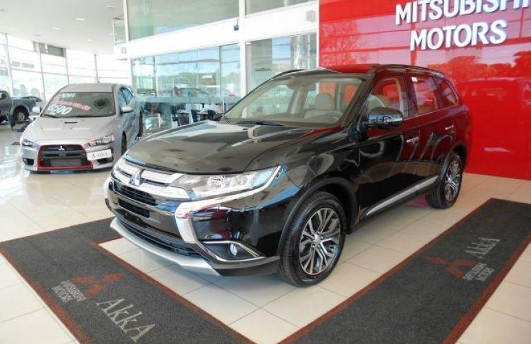 Mitsubishi Outlander DI-D 2.2 16V - Foto #1