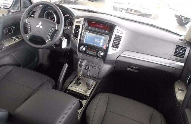 Mitsubishi Pajero Full HPE  4X4 3.2 16V - Foto #5