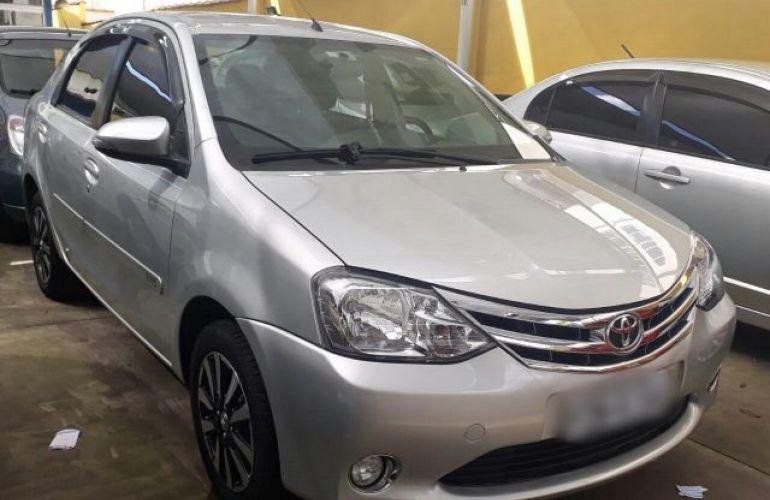 Toyota Etios Sedan Platinum 1.5 16V Flex - Foto #1
