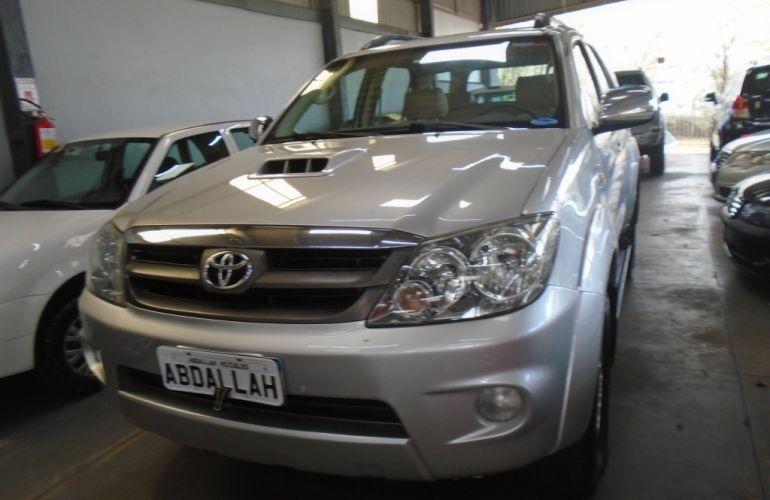 Toyota Hilux SW4 3.0 TDI 4x4 SRV 5L - Foto #1