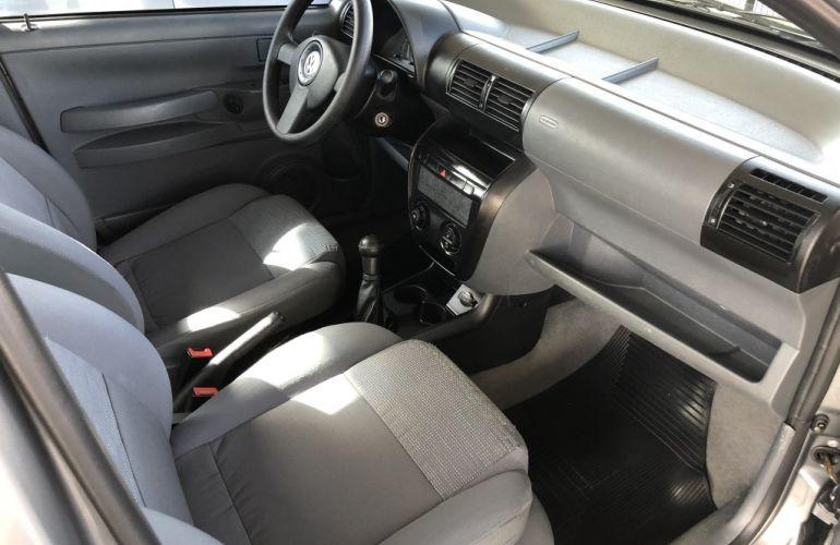 Volkswagen Fox 1.6 8V (Flex) - Foto #8