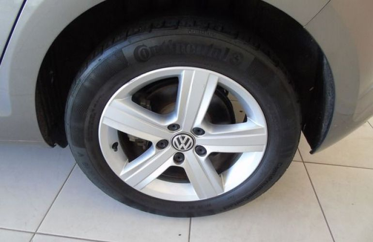 Volkswagen Golf Highline 1.4L TSI - Foto #8