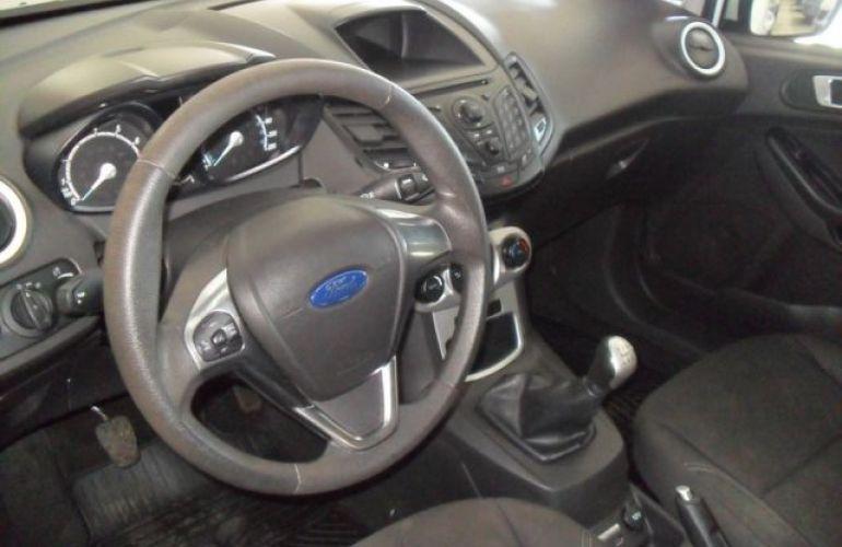 Ford Fiesta SE 1.6 - Foto #4