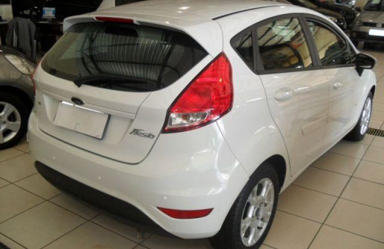 Ford Fiesta SE 1.6 - Foto #10