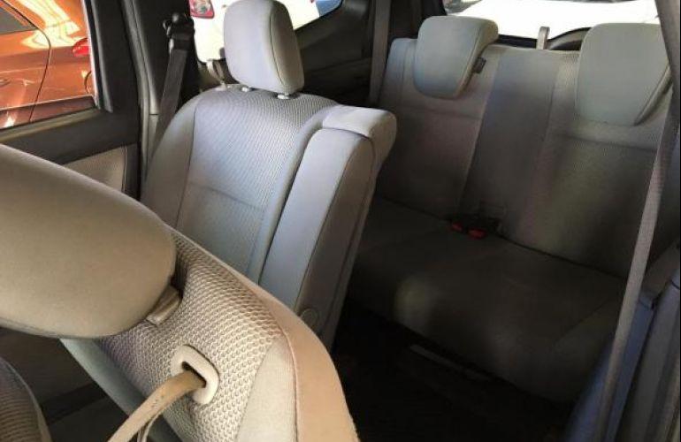 Nissan Grand 1.8 16V Flex Fuel Aut - Foto #9