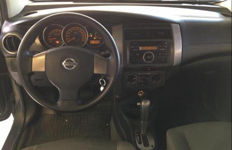 Nissan Grand 1.8 16V Flex Fuel Aut - Foto #10