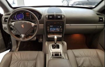 Porsche Cayenne 4.8 V8 S 4WD - Foto #6