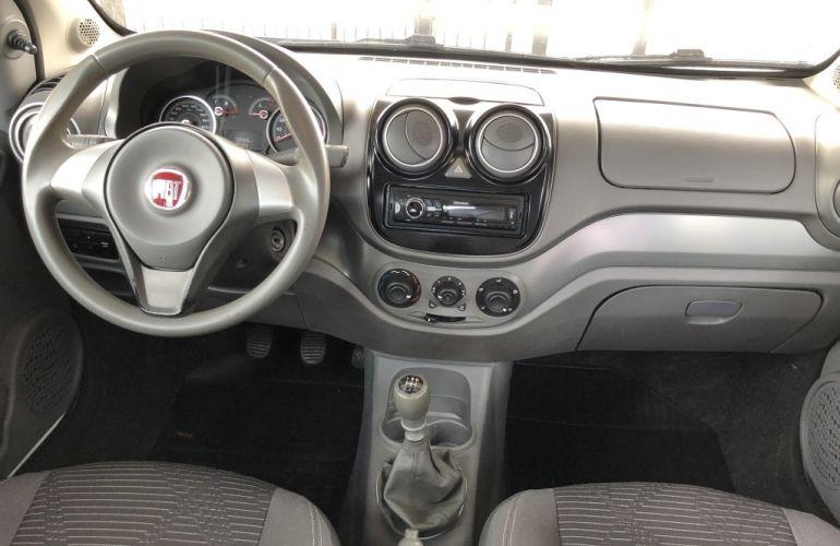 Fiat Palio Attractive 1.0 Evo (Flex) - Foto #10