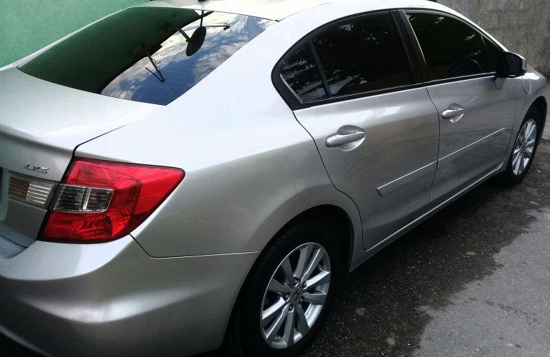 Honda New Civic LXS 1.8 16V i-VTEC (Flex) - Foto #10