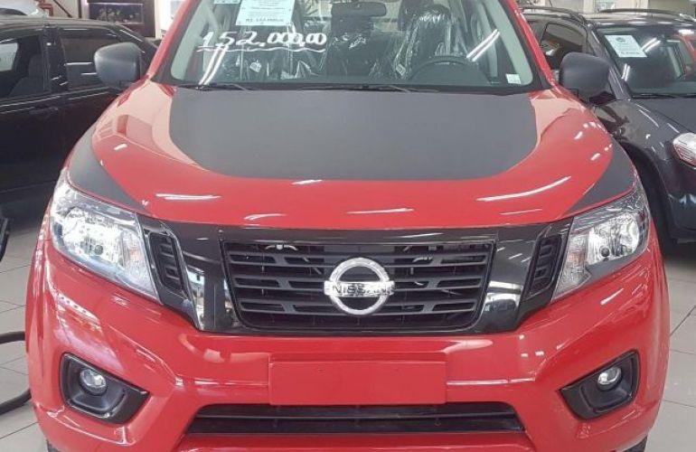 Nissan Frontier Platinum 4x4 CD 2.5 TD - Foto #1