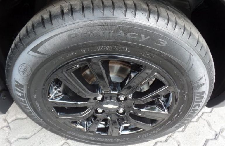 Chevrolet Onix Activ 1.4 MPFI 8V - Foto #4