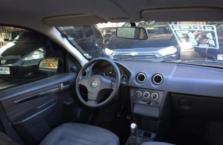 Chevrolet Prisma Maxx 1.0 VHCE 8V Flexpower - Foto #8