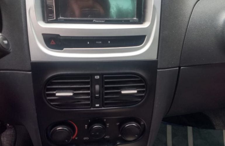 Fiat Strada Working 1.4 (Flex) - Foto #2