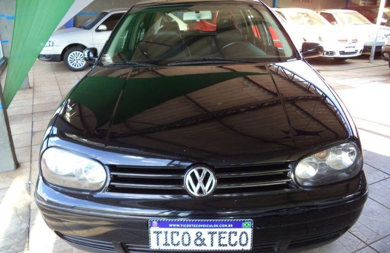 Volkswagen Golf Flash 1.6 (Flex) - Foto #1