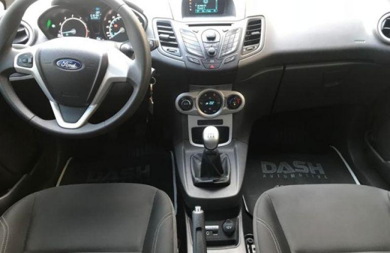 Ford Fiesta 1.6 SEL - Foto #4